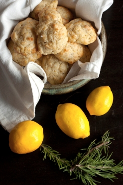 rosemary-lemon-biscuits