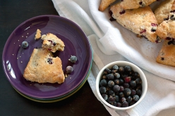 blackcurrant-scones4-660