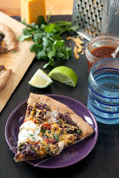 Mexican Black Bean Pizza |