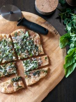 fresh-herb-flatbread
