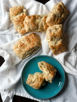 feta-lemon-scones
