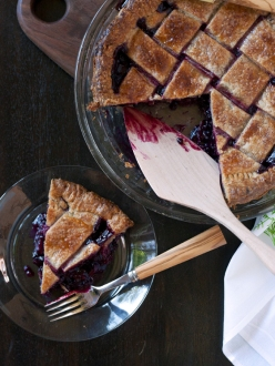 blueberry-plum-pie