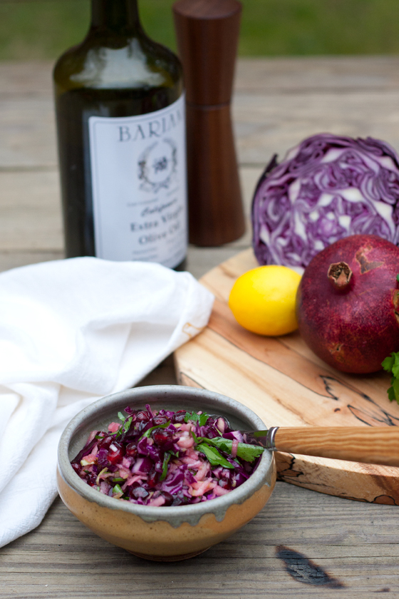 apple-cabbage-pom-slaw